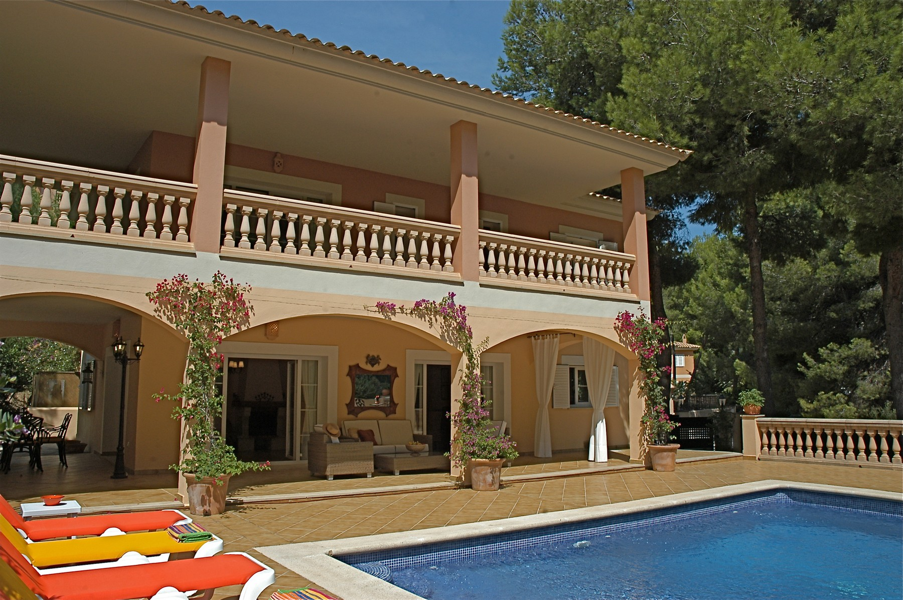 Single Family Home for Sale at Peaceful villa with privacy in Camp de Mar Camp De Mar, Mallorca, 07160 Spain