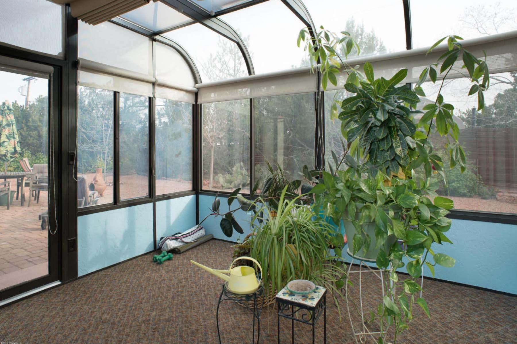 Частный односемейный дом для того Продажа на Find your peace in this quiet contemporary southwestern style home. 35 Stations West Sedona, Аризона 86336 Соединенные Штаты