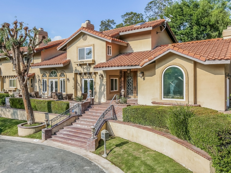 Maison unifamiliale pour l Vente à 762 Harwood Court San Dimas, Californie 91773 États-Unis