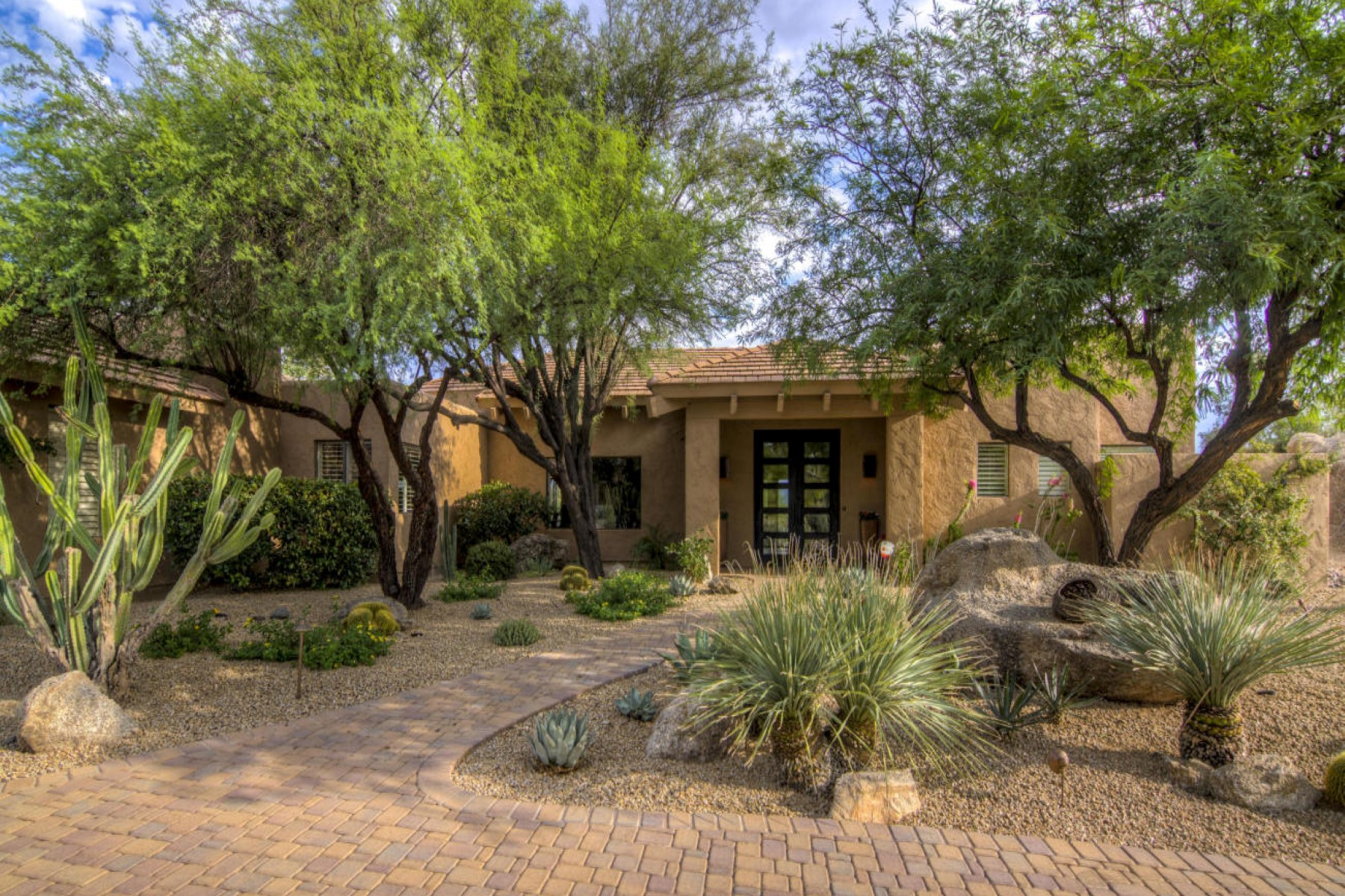 Property For Sale at Fantastic setting surrounded by open desert and mountain views