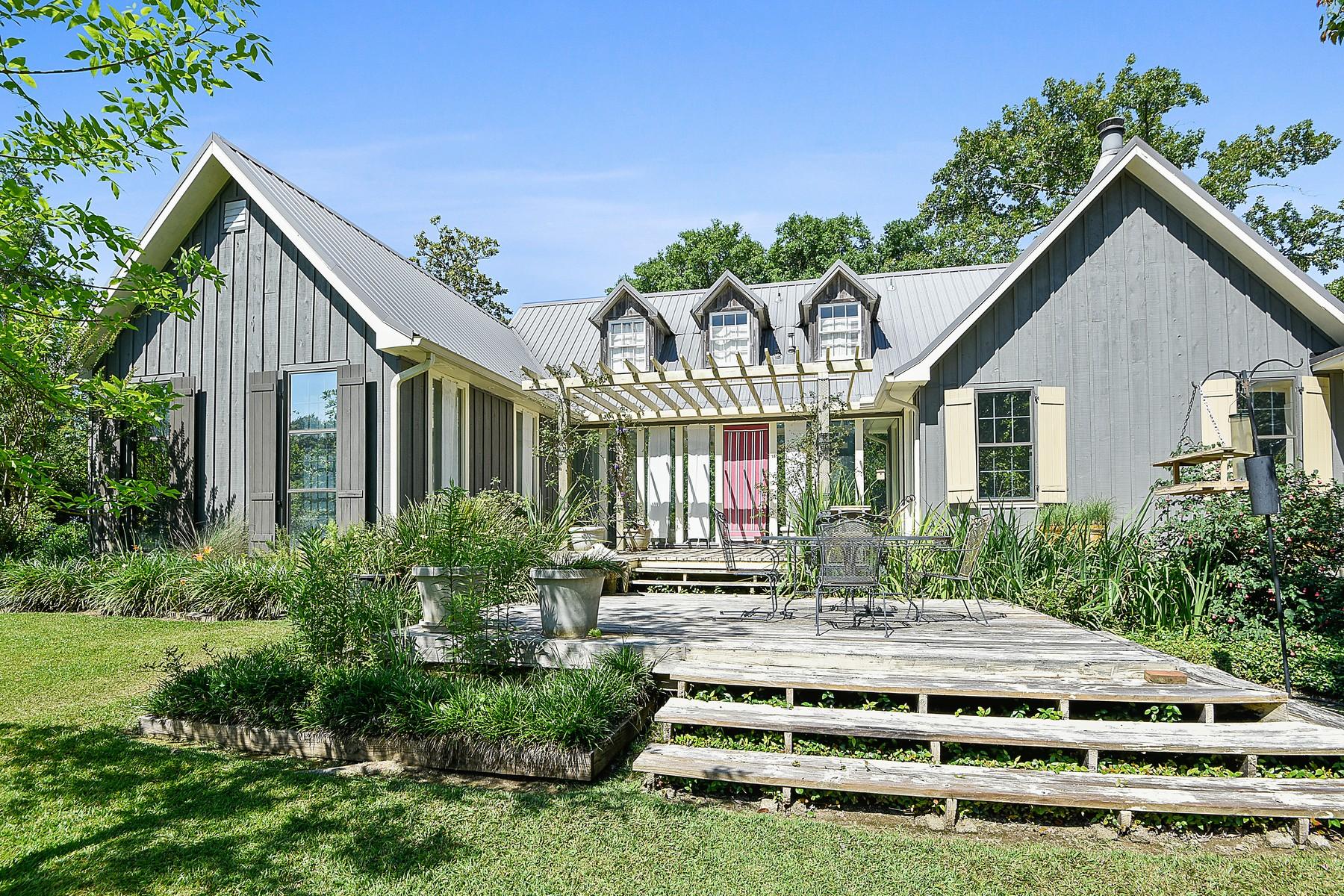 Maison unifamiliale pour l Vente à 78058 Highway 25 Folsom, Louisiana, 70437 États-Unis