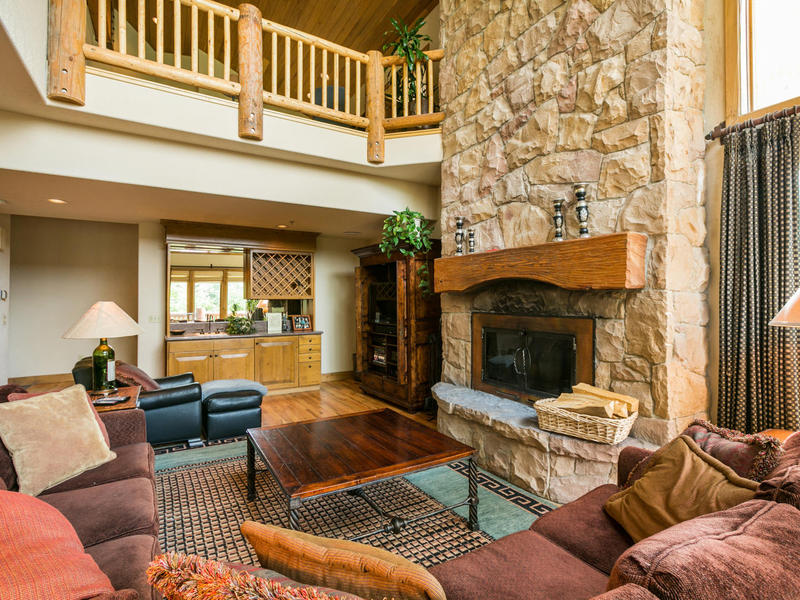 Fractional Ownership for Sale at Ski-in/Ski-out Sterling Lodge Condo—Quarter Share in Silver Lake 7660 Royal St E #14 Park City, Utah 84060 United States