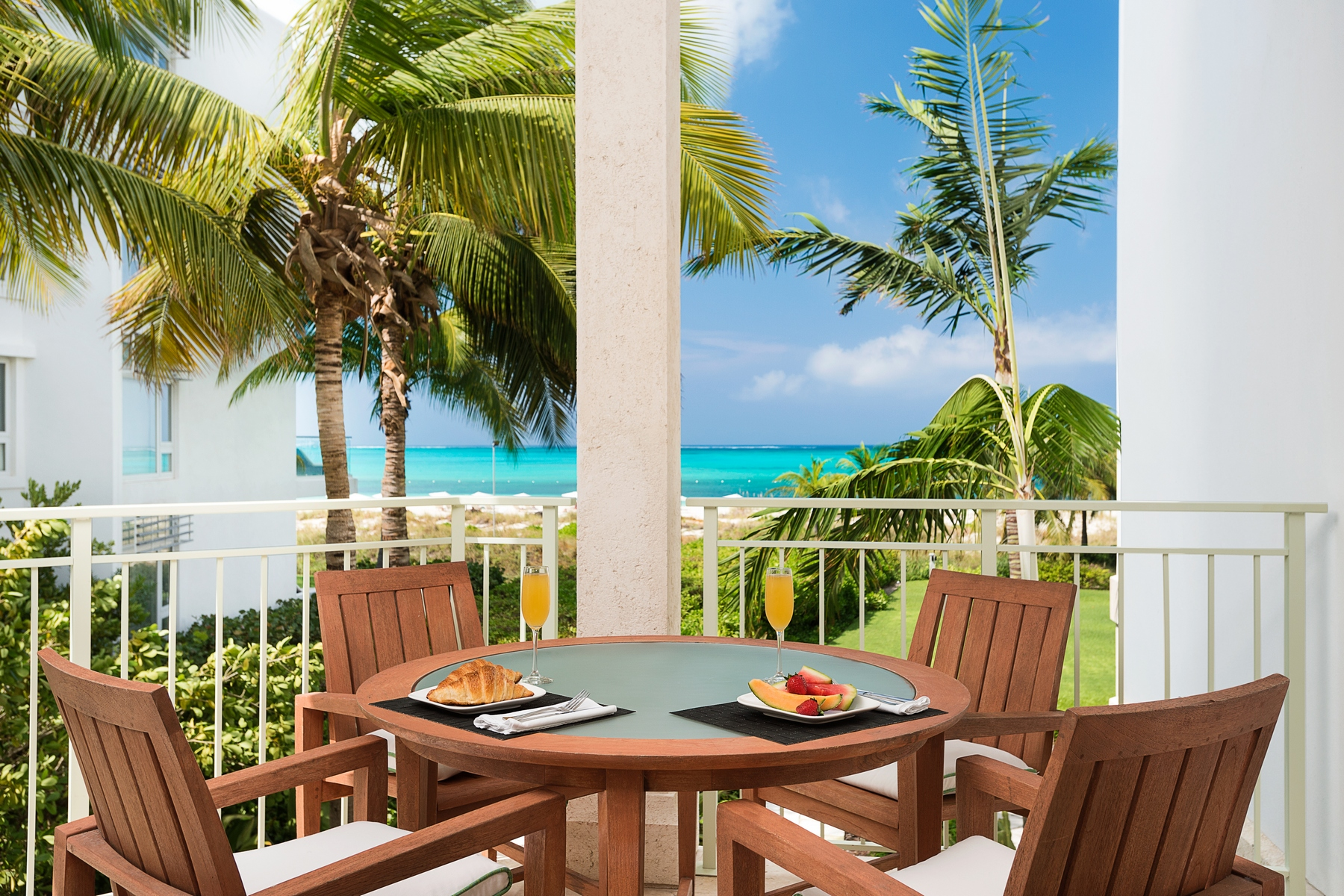 Piso por un Venta en West Bay Club - Suite 201 West Bay Club, Grace Bay, Providenciales Islas Turcas Y Caicos