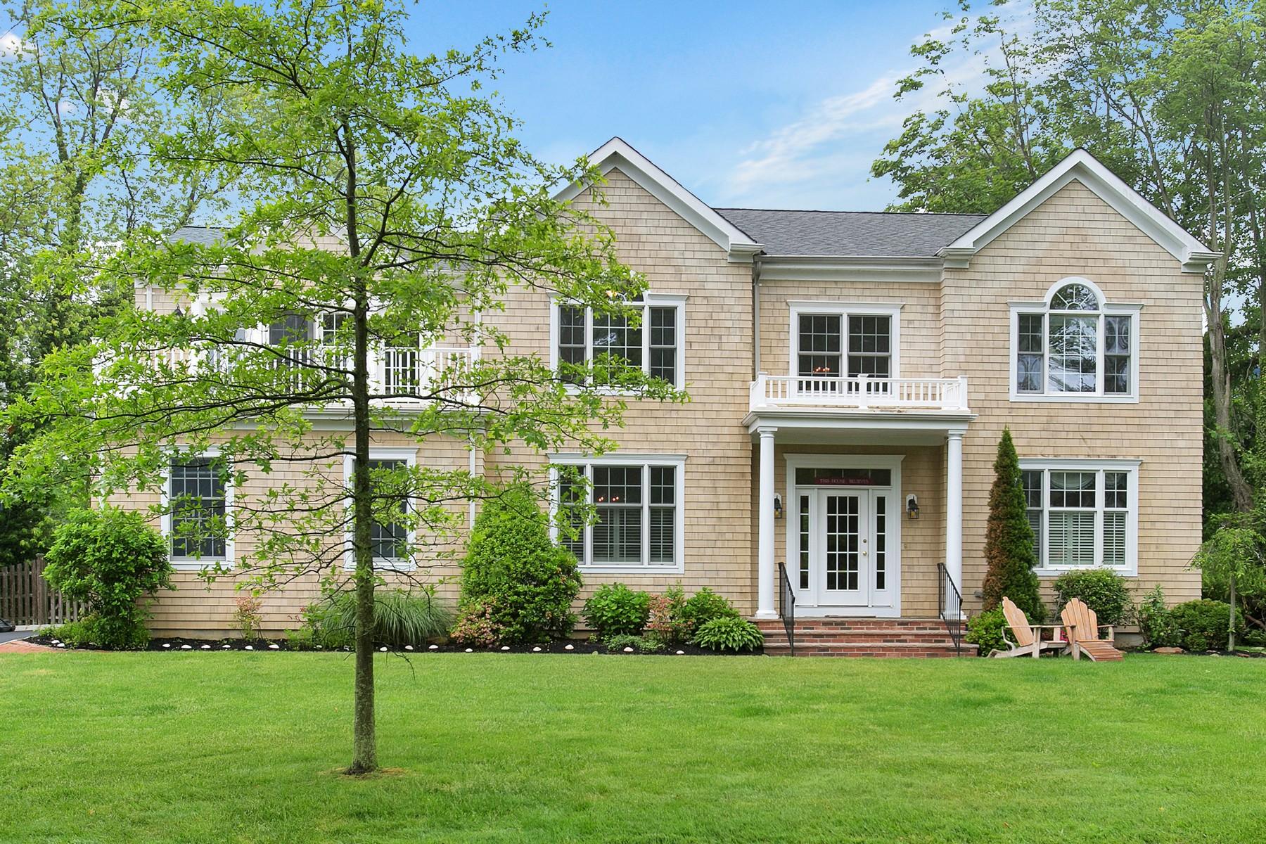 獨棟家庭住宅 為 出售 在 Seashore Colonial 80 Navesink Ave Rumson, 新澤西州 07760 美國
