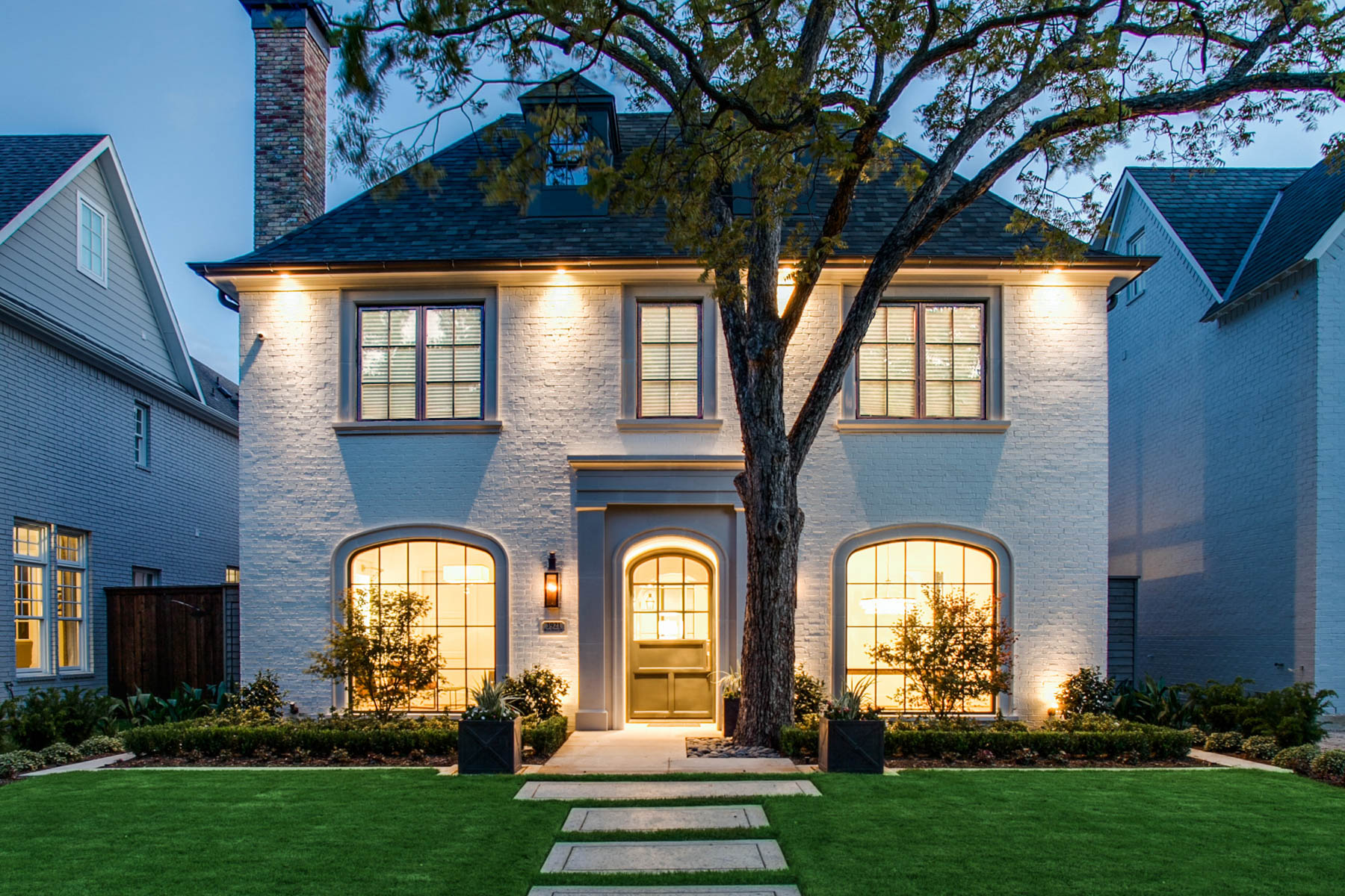 Single Family Home for Sale at Sophisticated Transitional in University Park 3612 Purdue Avenue Dallas, Texas 75225 United States
