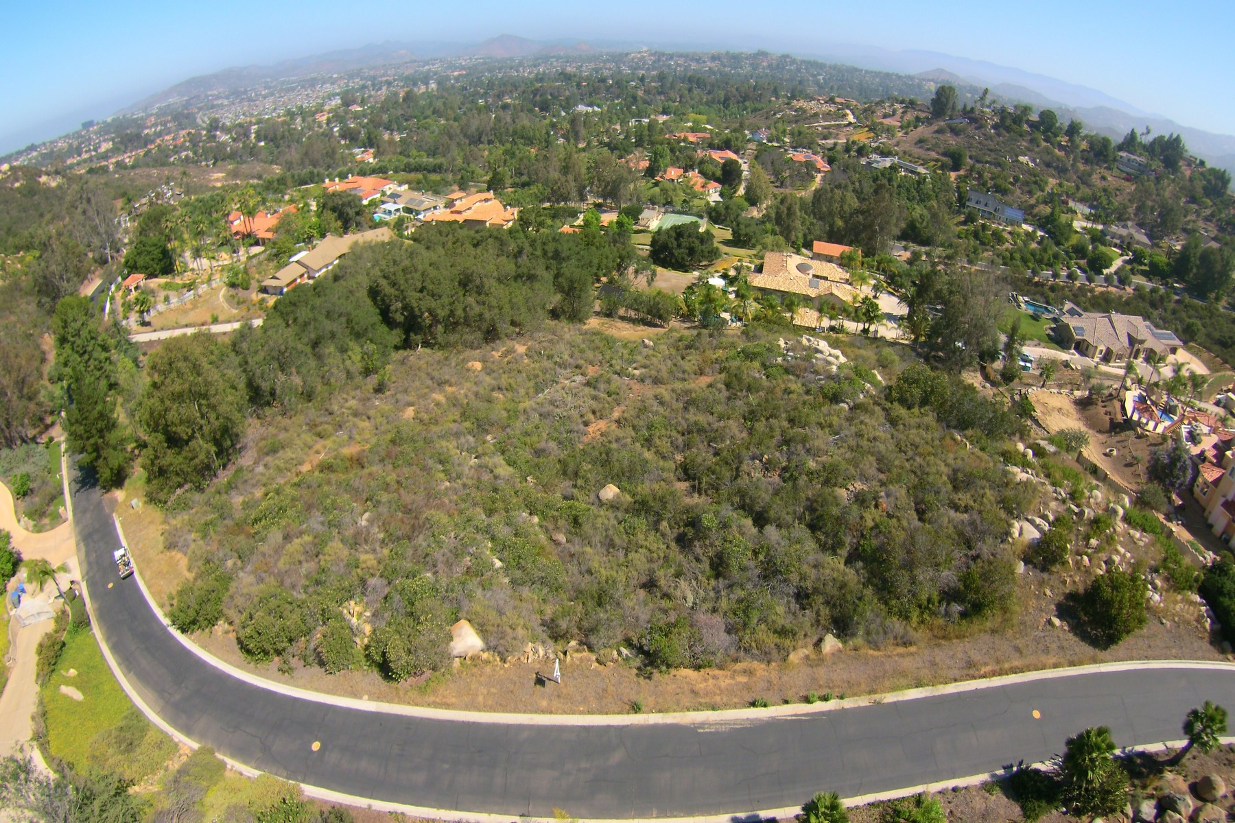 Terreno per Vendita alle ore 12893 GLEN CIRCLE ROAD Poway, California 92064 Stati Uniti
