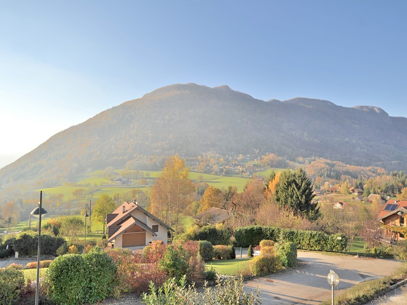 Single Family Home for Sale at Appartement Lumineux Other Rhone-Alpes, Rhone-Alpes 74290 France