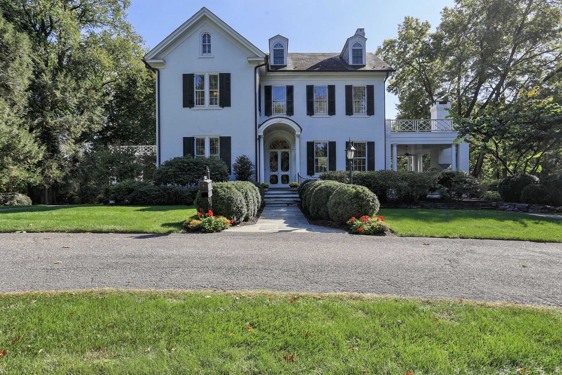 Single Family Home for Sale at 1126 Columbia Avenue Lancaster, Pennsylvania 17603 United States
