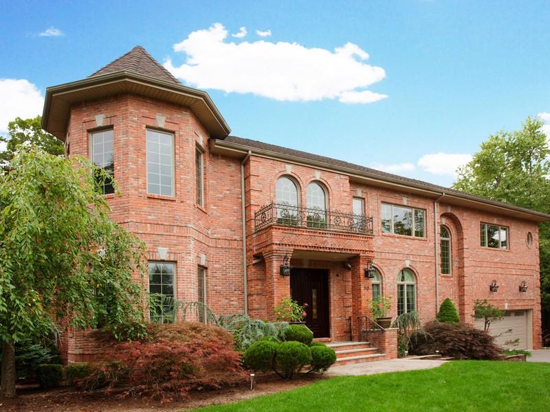 단독 가정 주택 용 매매 에 Exquisite Colonial 50 Beechwood Place Harrington Park, 뉴저지, 07640 미국