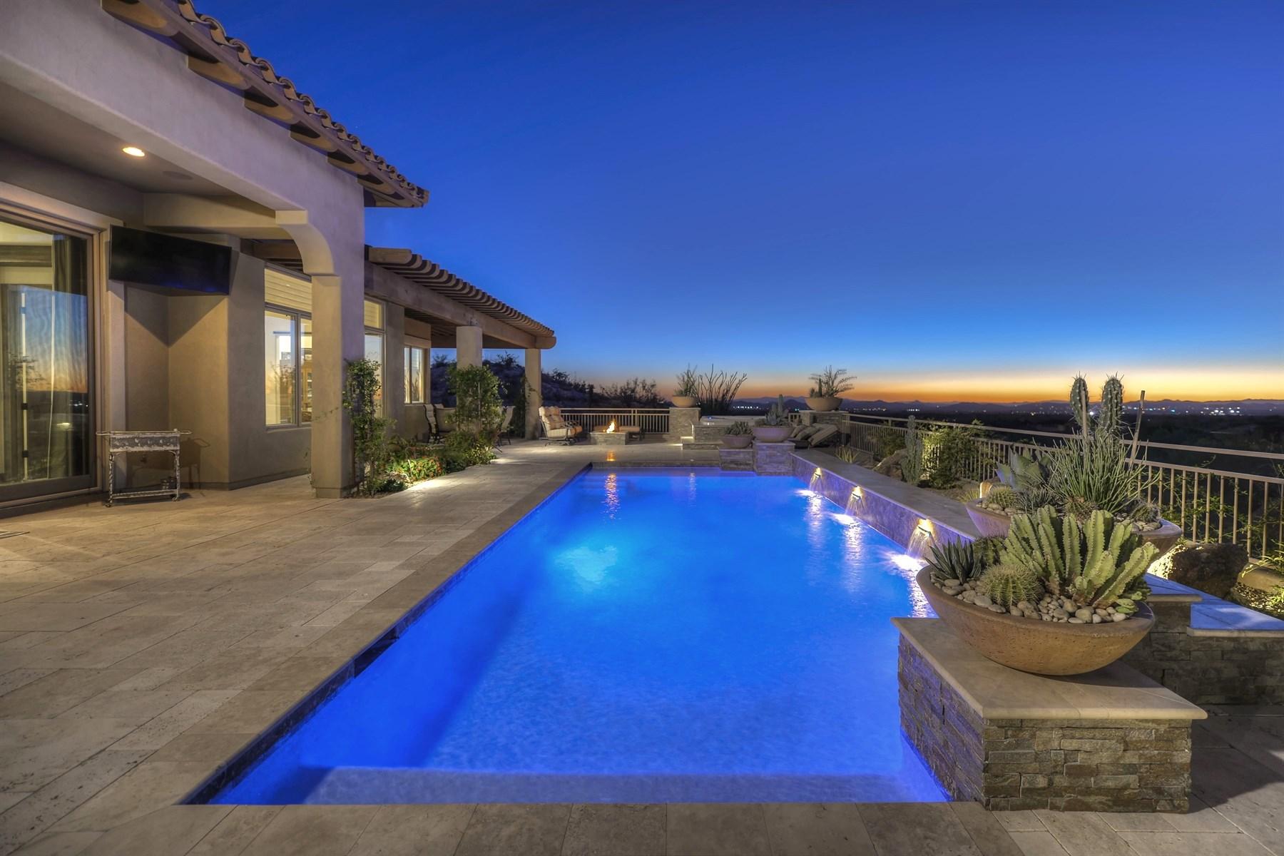 獨棟家庭住宅 為 出售 在 Private Spanish Colonial masterpiece built by Fisher Custom Homes. 9820 E THOMPSON PEAK PKWY 502 Scottsdale, 亞利桑那州, 85255 美國