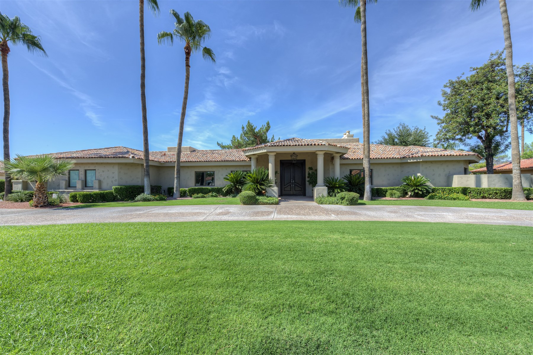 Property For Sale at Fabulous Lot and Home on the Golf Course in Camelback Country Estates