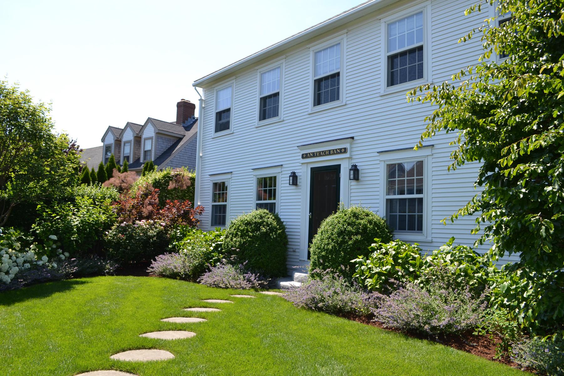 Einfamilienhaus für Verkauf beim Quiet Corner Lot 63 Goldfinch Drive Nantucket, Massachusetts 02554 Vereinigte Staaten