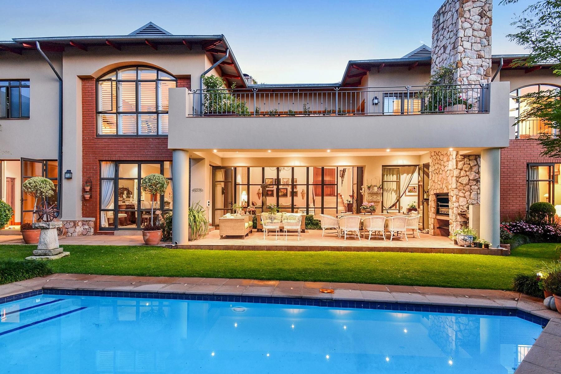 Maison unifamiliale pour l Vente à A house in Parkview Johannesburg, Gauteng 2193 Afrique Du Sud