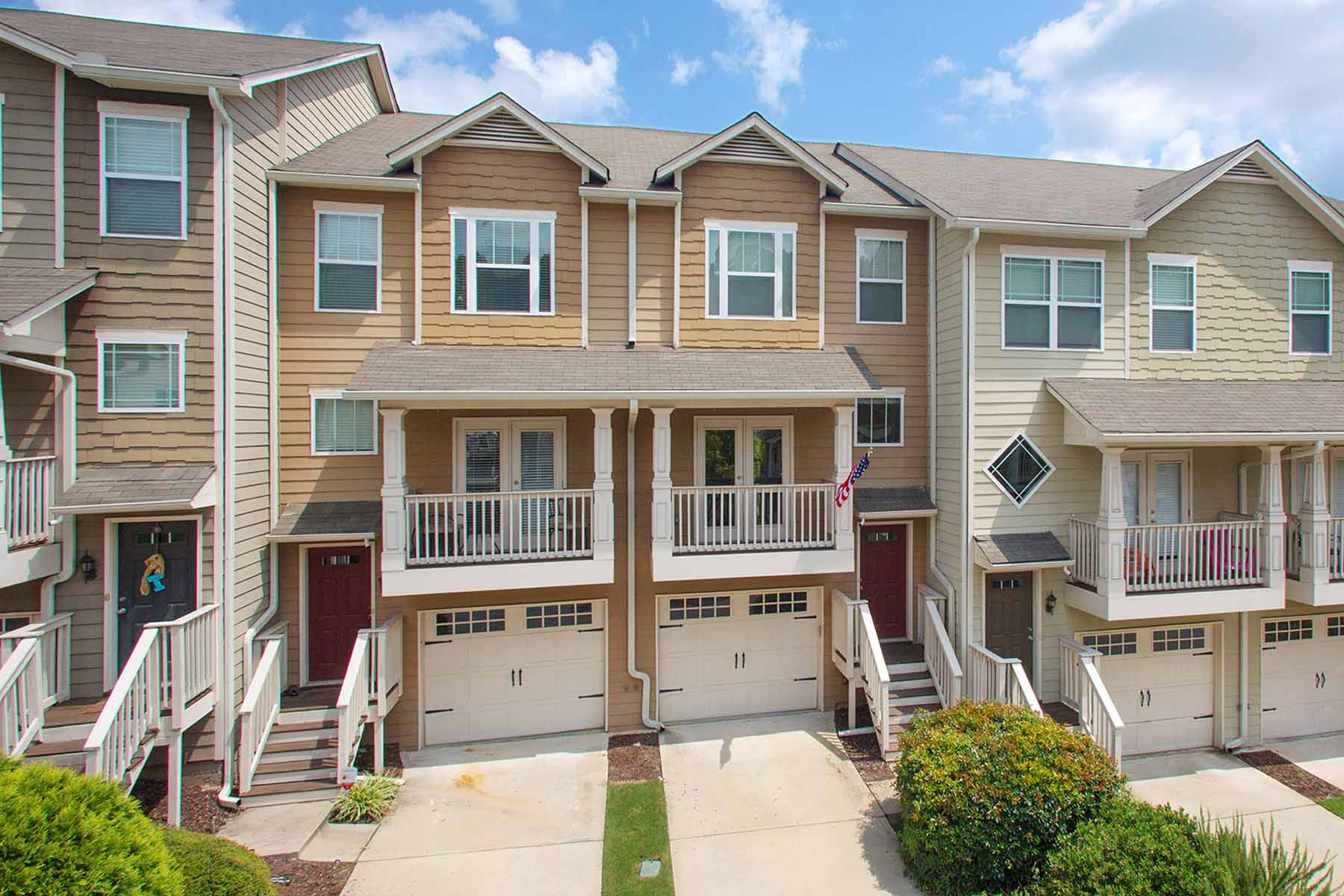Townhouse for Sale at Beautifully maintained three bedroom, three and one half bath townhome! 1353 Liberty Parkway Atlanta, Georgia 30318 United States