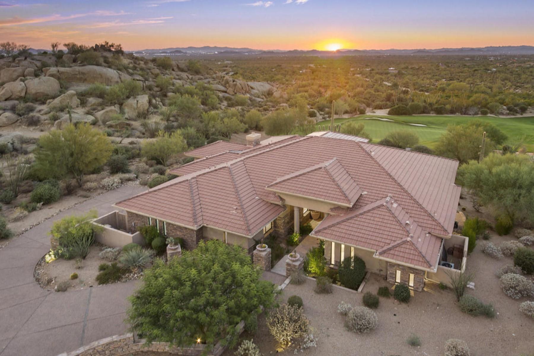 Частный односемейный дом для того Продажа на Beautiful Home on Estancia Golf Course with Spectacular Panoramic Views 27334 N 96th Way Scottsdale, Аризона, 85262 Соединенные Штаты