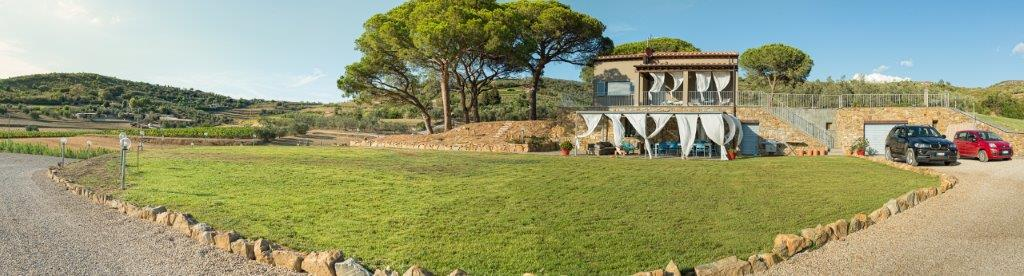Additional photo for property listing at Luxury villa in the countryside in Porto Azzurro Via Valdana Porto Azzurro, Livorno 57036 Italie