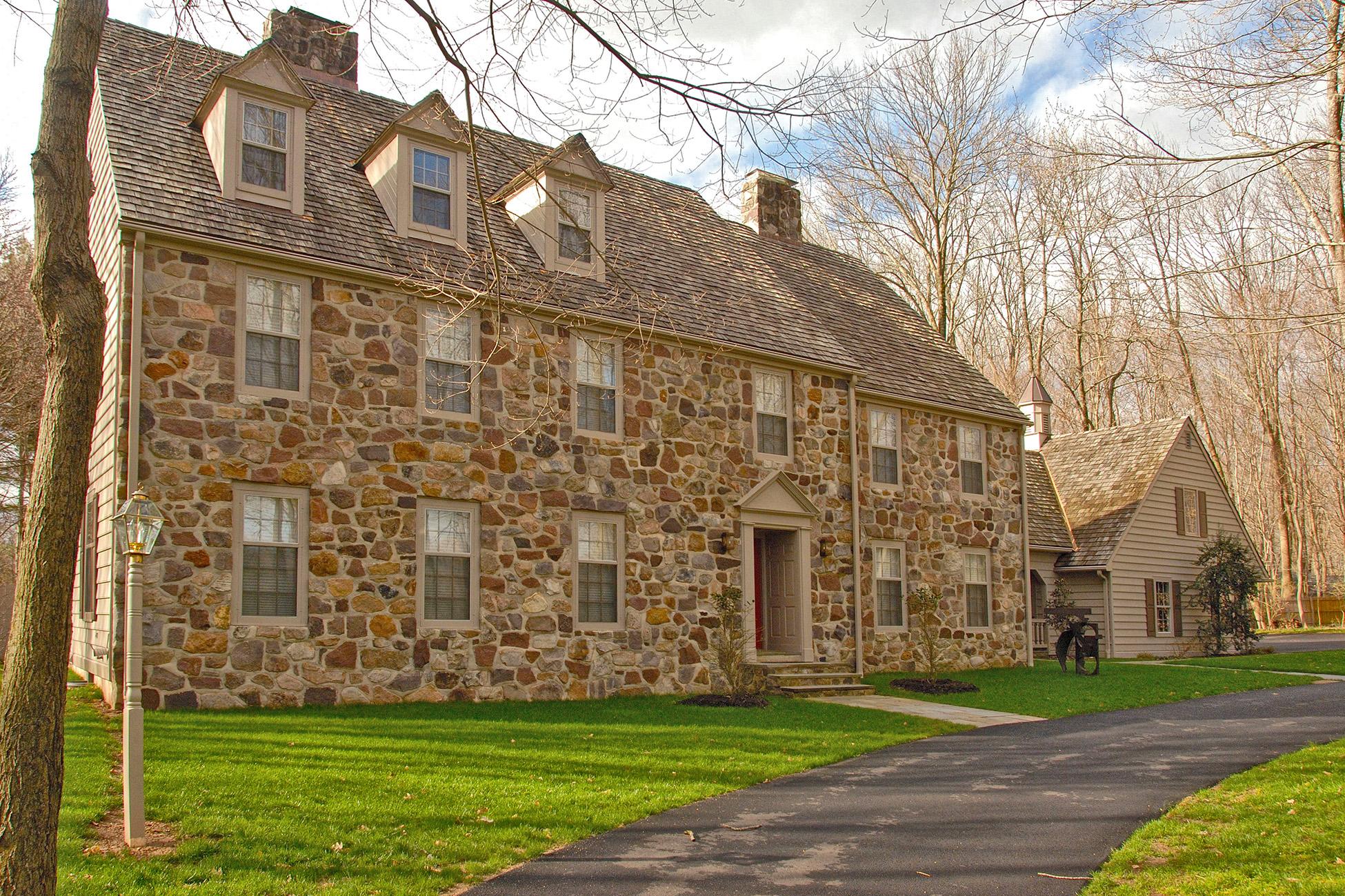 Maison unifamiliale pour l Vente à The Perfect Balance - Traditional and Contemporary 358 Wendover Drive Princeton, New Jersey 08540 États-Unis