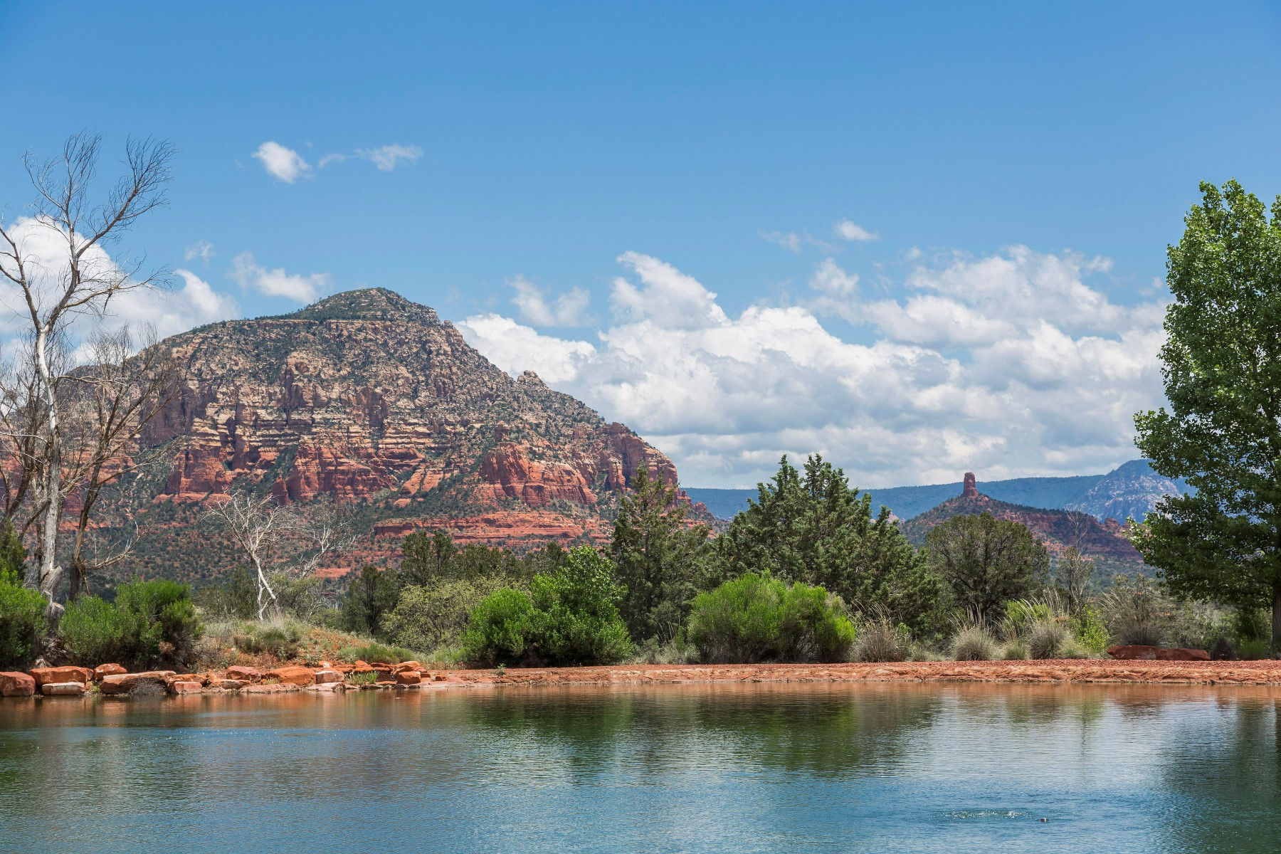 Земля для того Продажа на Aerie Lot 22 - Central 2.17 acre lot with views of Sedona's red rocks. 90 Altair AVE 22 Sedona, Аризона, 86336 Соединенные Штаты