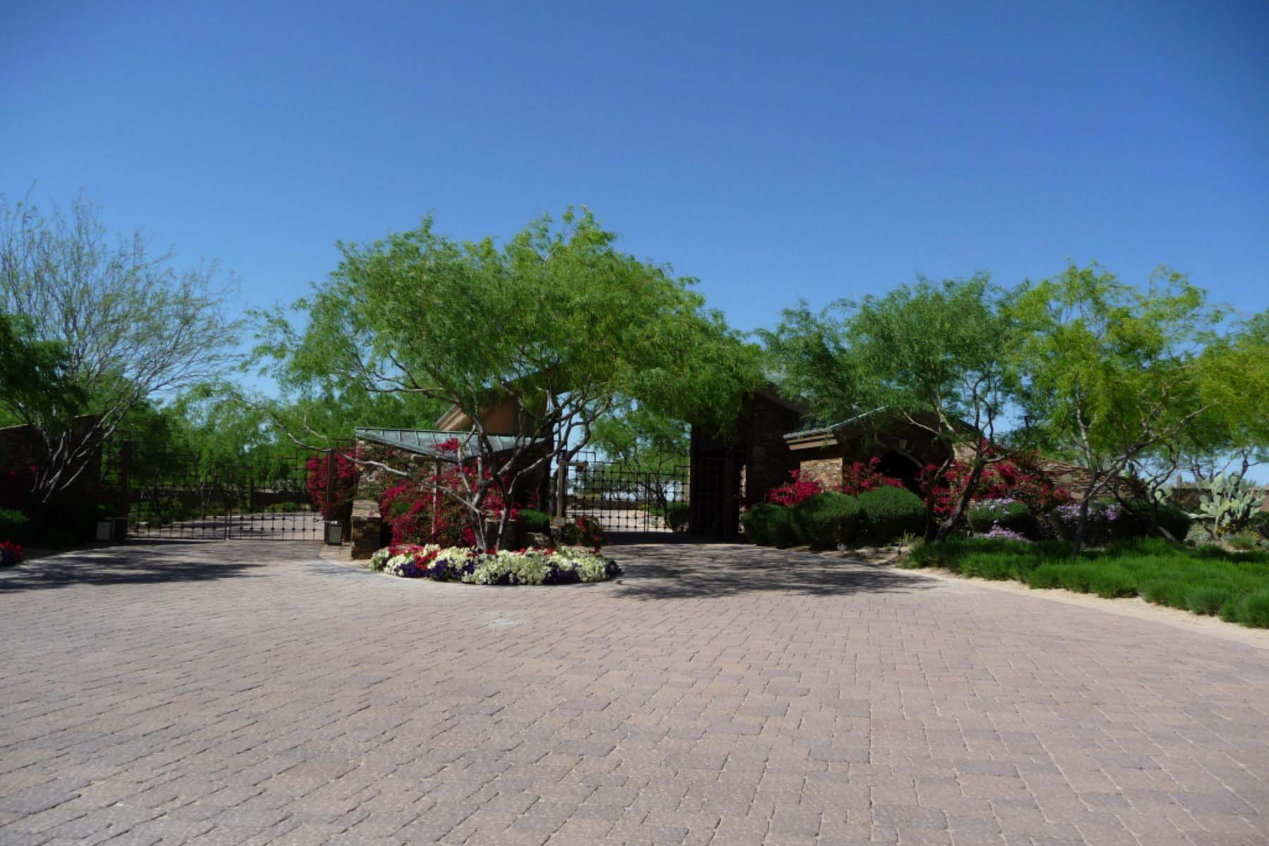 Property For Sale at Incredible views of City lights, Pinnacle Peak and Troon Mountain