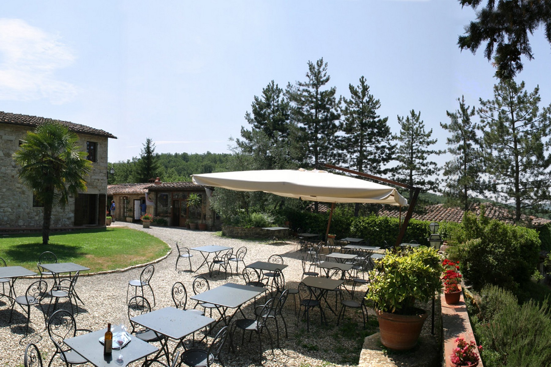 Additional photo for property listing at Manoir exclusif au cœur du Chianti Classico Gaiole in Chianti Gaiole In Chianti, Siena 53013 Italie