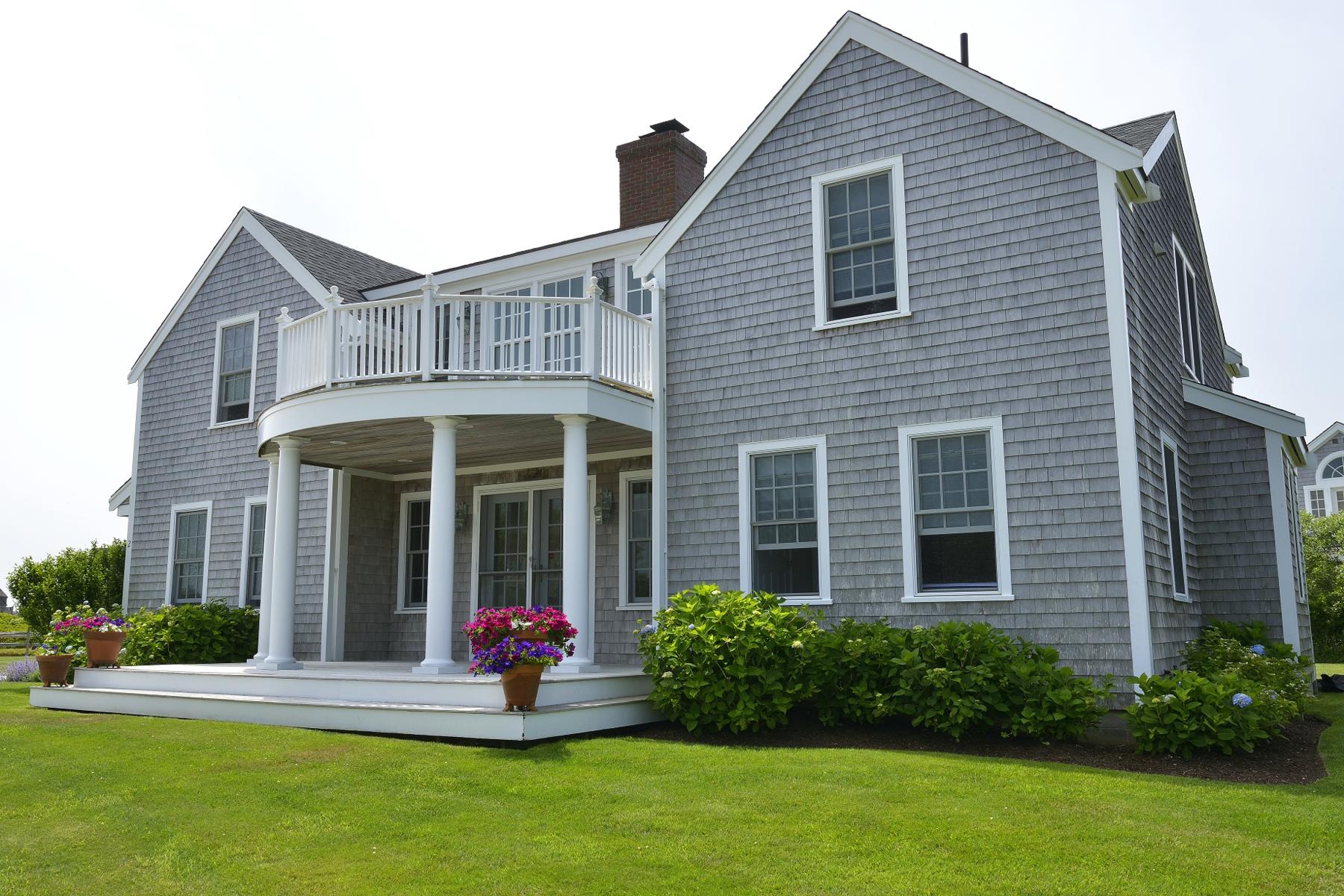 Частный односемейный дом для того Продажа на Cisco Beach House - Ideally Situated 2 Saccacha Avenue Nantucket, Массачусетс 02554 Соединенные Штаты