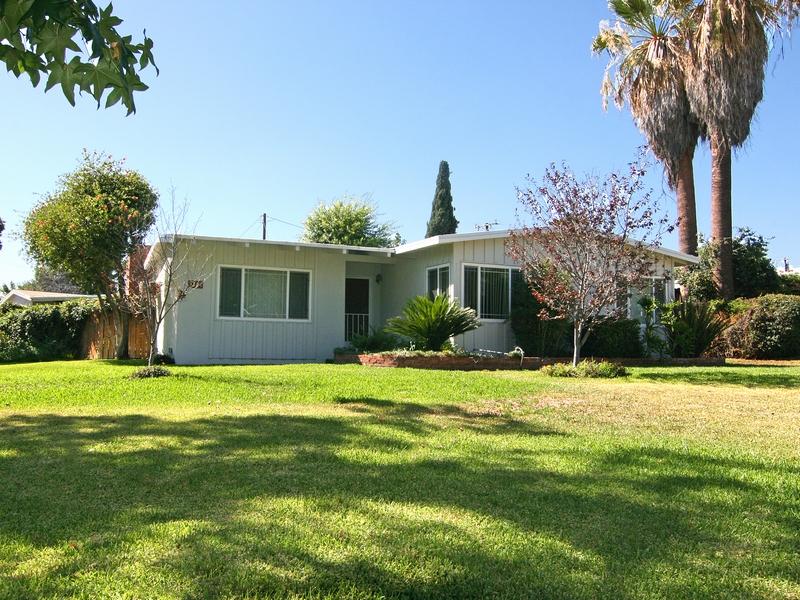 Single Family Home for Sale at 3305 Duke Avenue Claremont, California 91711 United States