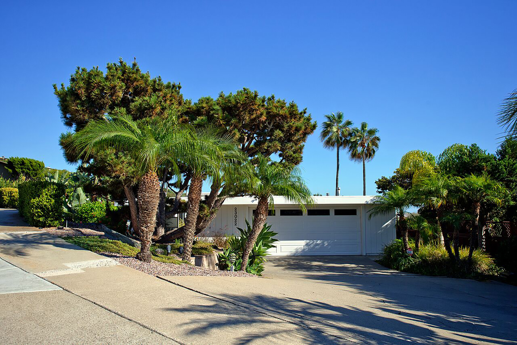Vivienda unifamiliar por un Venta en 23022 Java Sea Drive Dana Point, California 92629 Estados Unidos