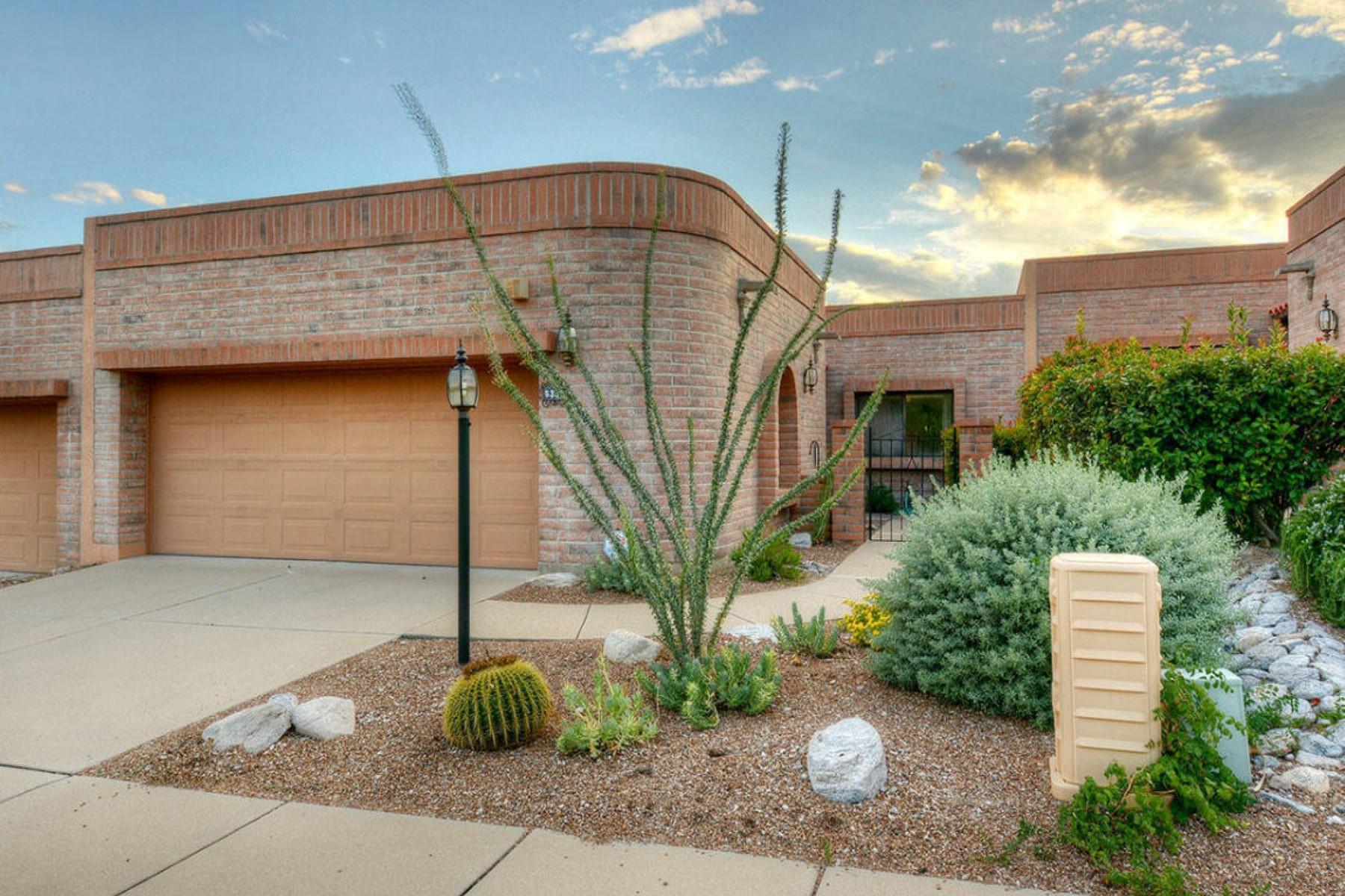 Maison unifamiliale pour l Vente à Welcoming feel-good Fairfield on a quiet cul-de-sac road 5381 N Via Frassino Tucson, Arizona 85750 États-Unis
