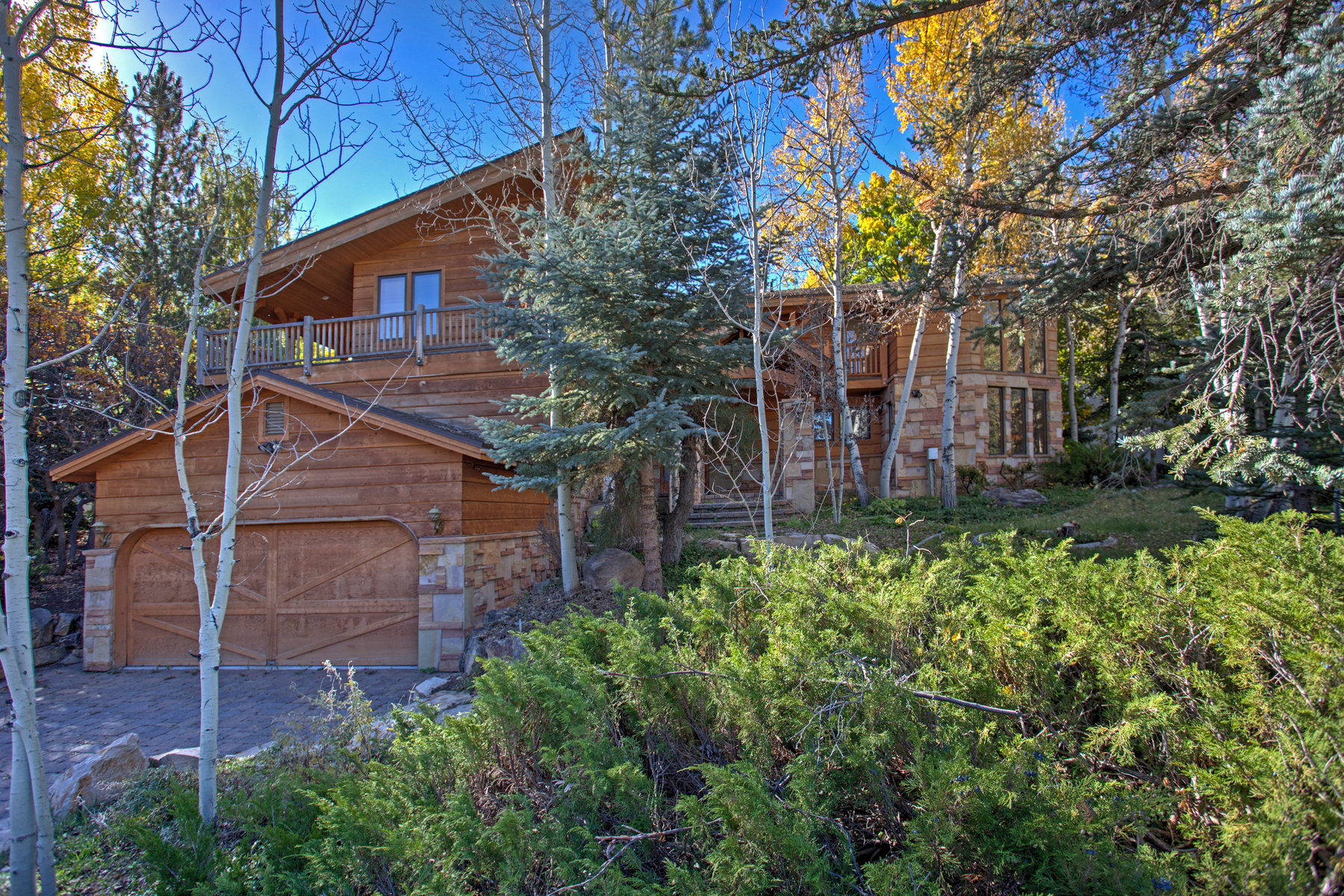 Single Family Home for Sale at Remodel Opportunity in Beautiful Thaynes Canyon 67 Thaynes Canyon Dr Park City, Utah 84060 United States