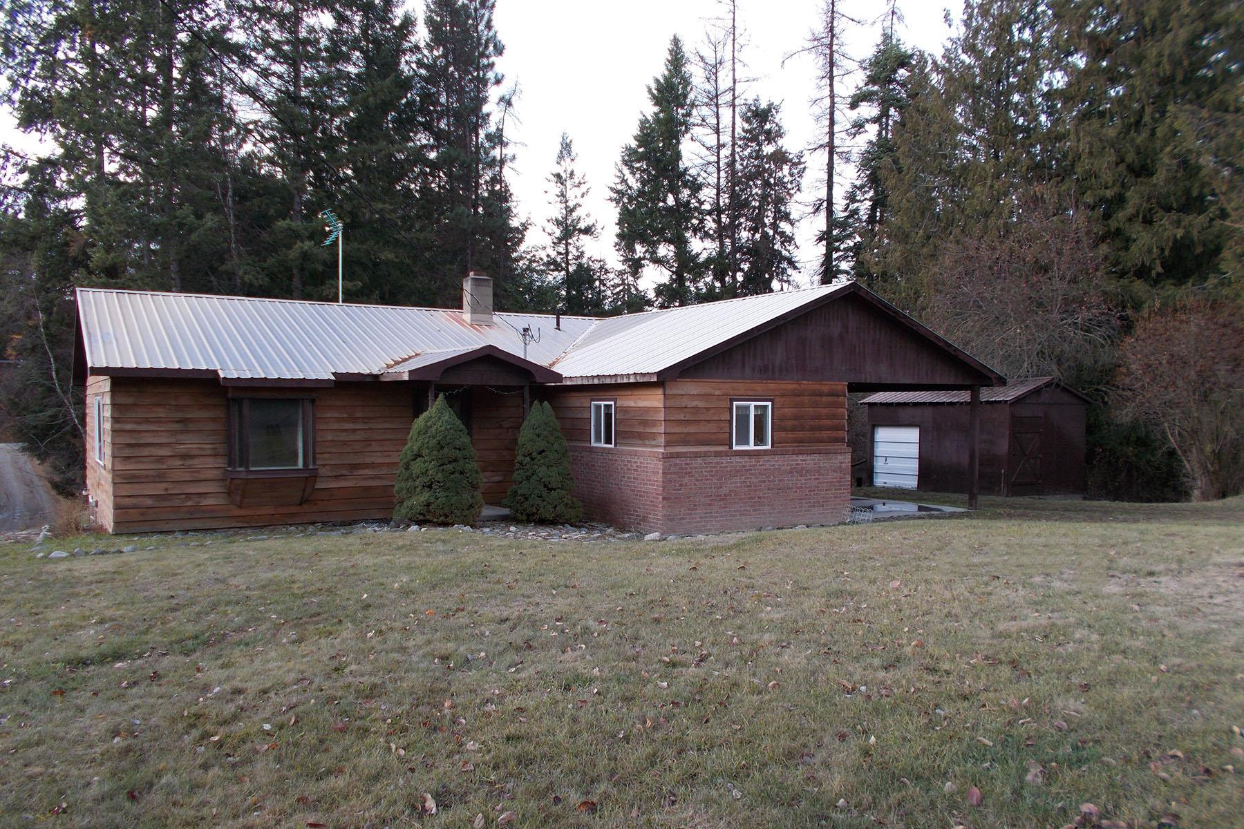 Maison unifamiliale pour l Vente à Rancher w/walk out basement on 39+ acres 64 Smith Lake Road Bonners Ferry, Idaho 83805 États-Unis