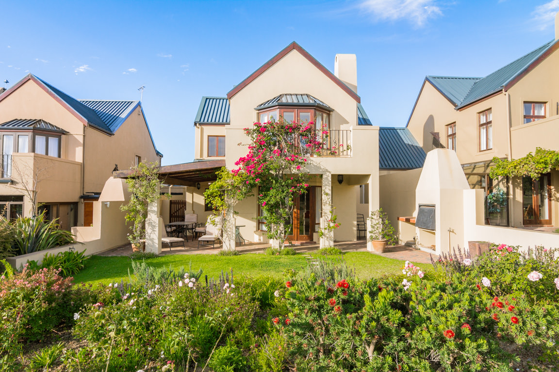 Single Family Home for Sale at Devonvale Golf & Wine Estate Stellenbosch, Western Cape, 7600 South Africa