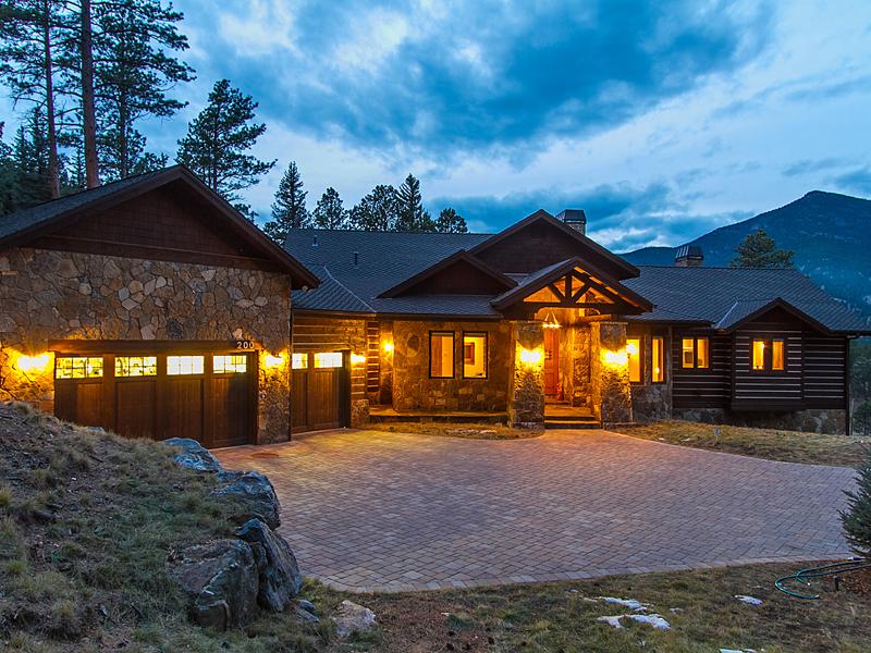独户住宅 为 销售 在 200 Whiskey Jay Hill Road Evergreen, 科罗拉多州 80439 美国