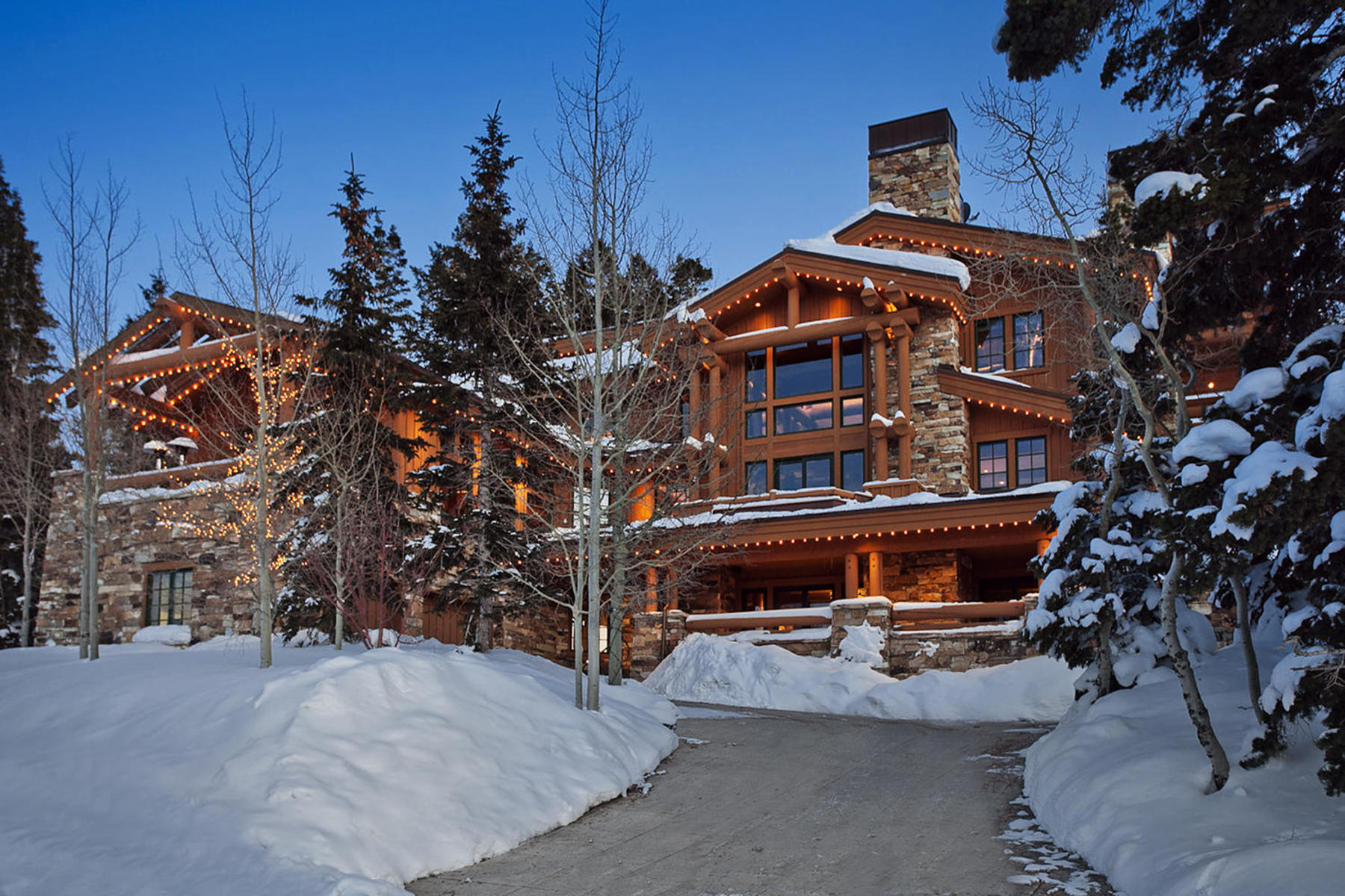 단독 가정 주택 용 매매 에 Magnificent Bald Eagle Ski Lodge Home 7831 Hawk Ct Park City, 유타, 84060 미국