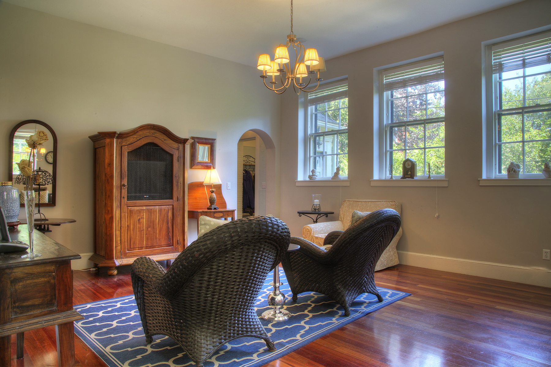 Additional photo for property listing at Historic In-Town Estate: Commodore William Edgar House 25 Old Beach Road Newport, Rhode Island 02840 Estados Unidos