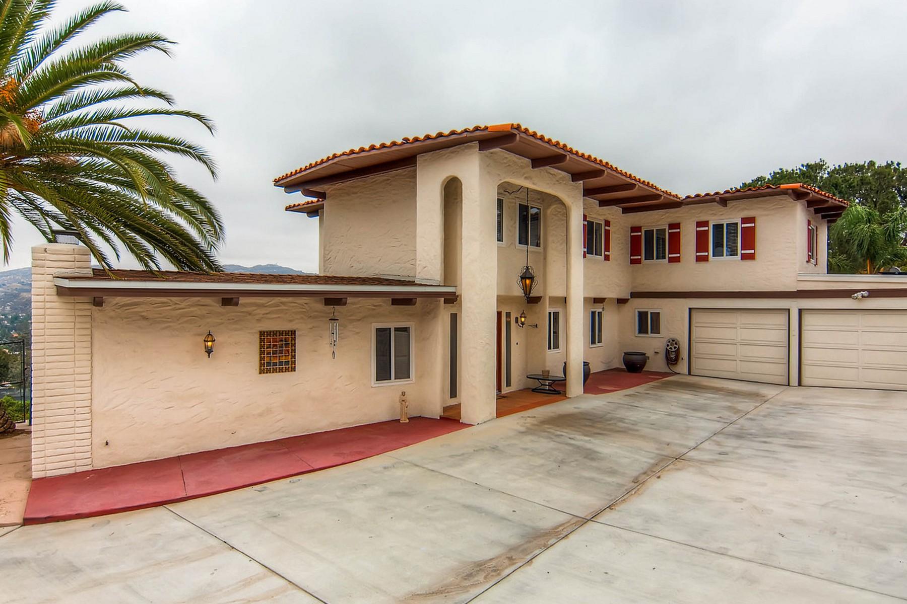 Einfamilienhaus für Verkauf beim 1038 Vista Sierra Drive El Cajon, Kalifornien 92019 Vereinigte Staaten