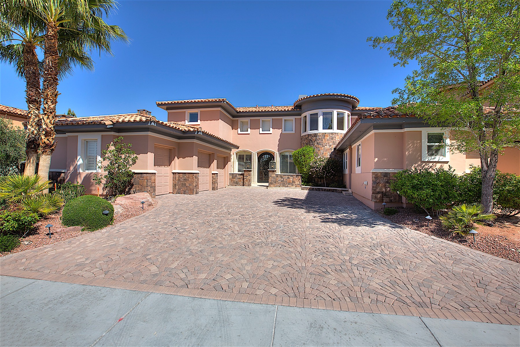 Single Family Home for Sale at 20 Grand Miramar 20 Grand Miramar Dr Lake Las Vegas, Henderson, Nevada, 89011 United States