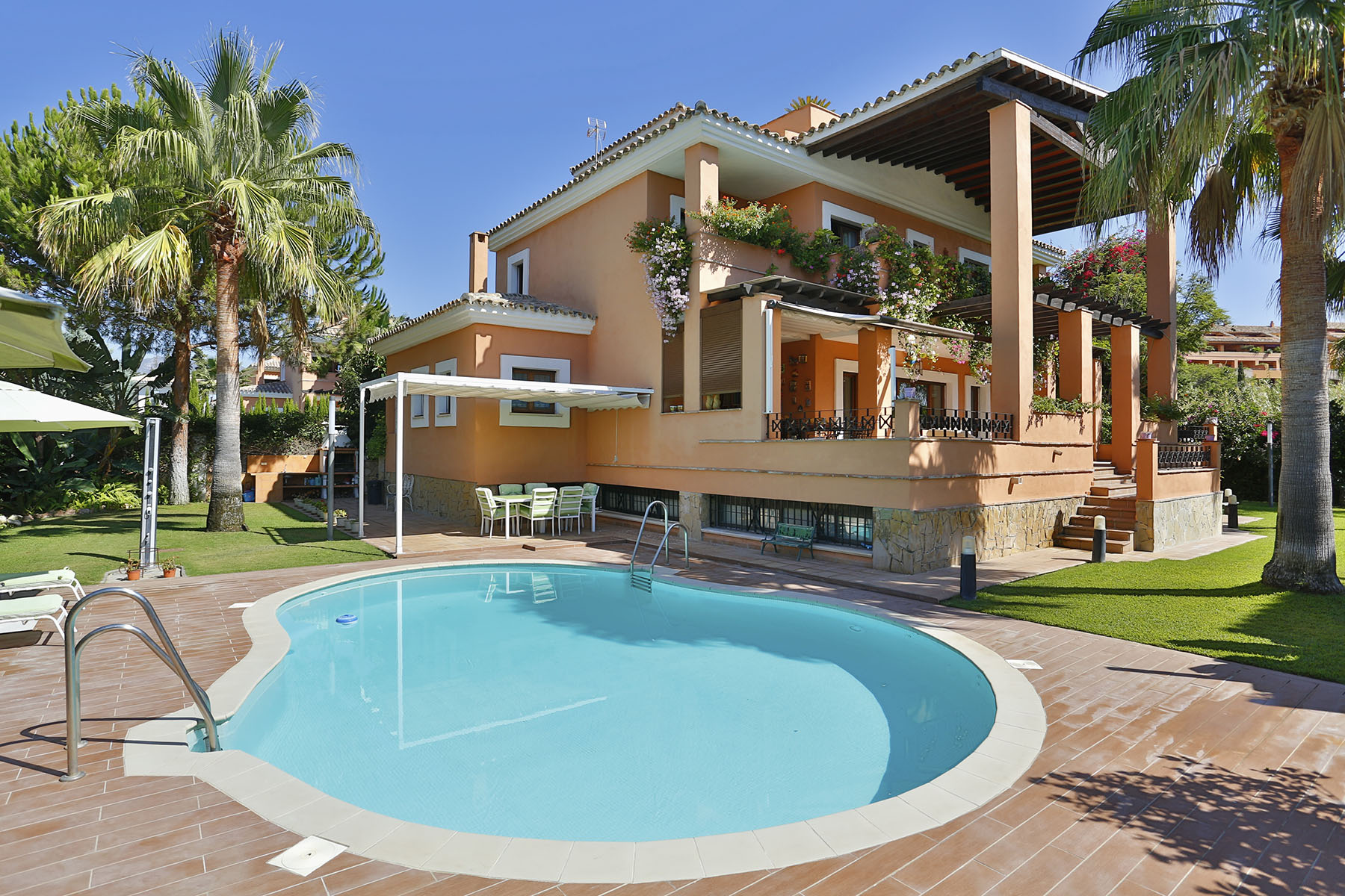 Single Family Home for Sale at Splendid villa walking distance to the beach La Reserva de Los Monteros Marbella, Andalucia 29600 Spain