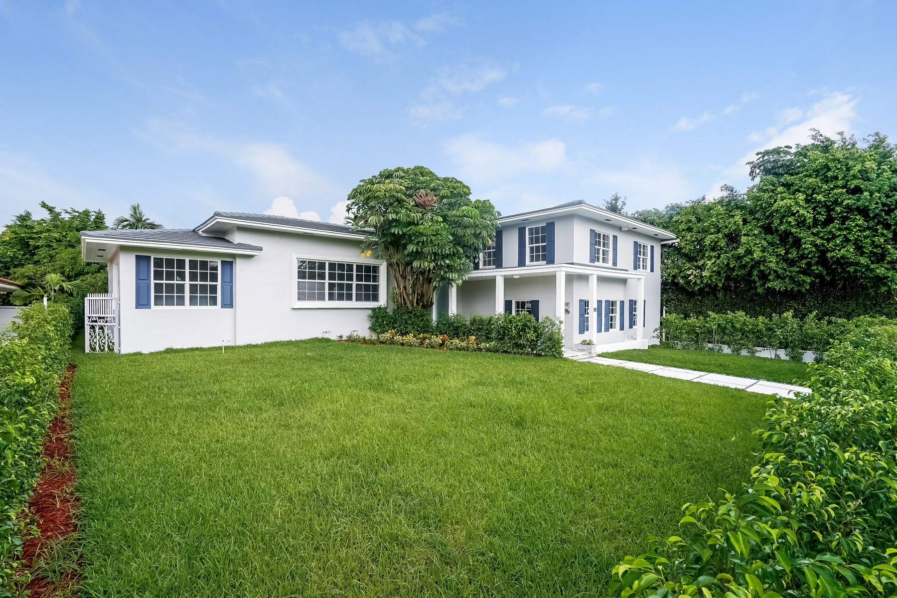 Single Family Home for Sale at 4454 Meridian Ave Miami Beach, Florida 33149 United States