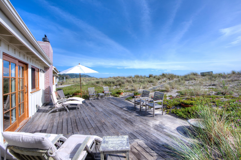 단독 가정 주택 용 매매 에 Chic Casual Beach Life 162 Seadrift Road Stinson Beach, 캘리포니아, 94970 미국