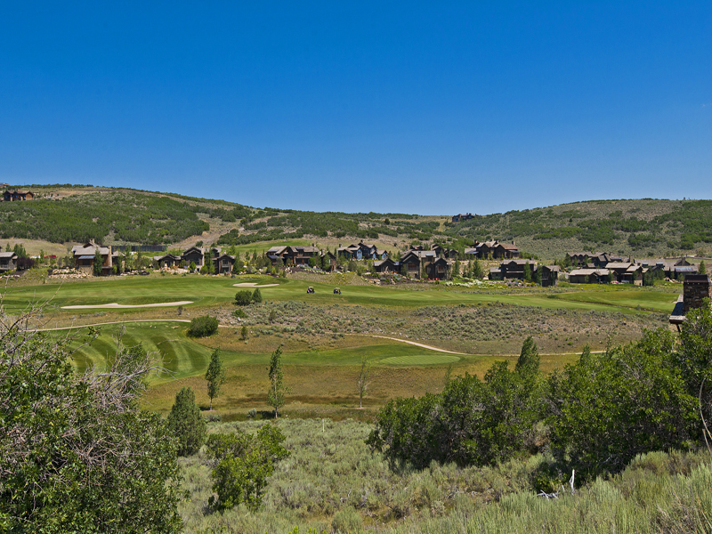 Terreno per Vendita alle ore Priced to Sell Now - Golf Course & Ski Run Views 9405 N Uinta Dr Lot 28 Heber City, Utah 84036 Stati Uniti
