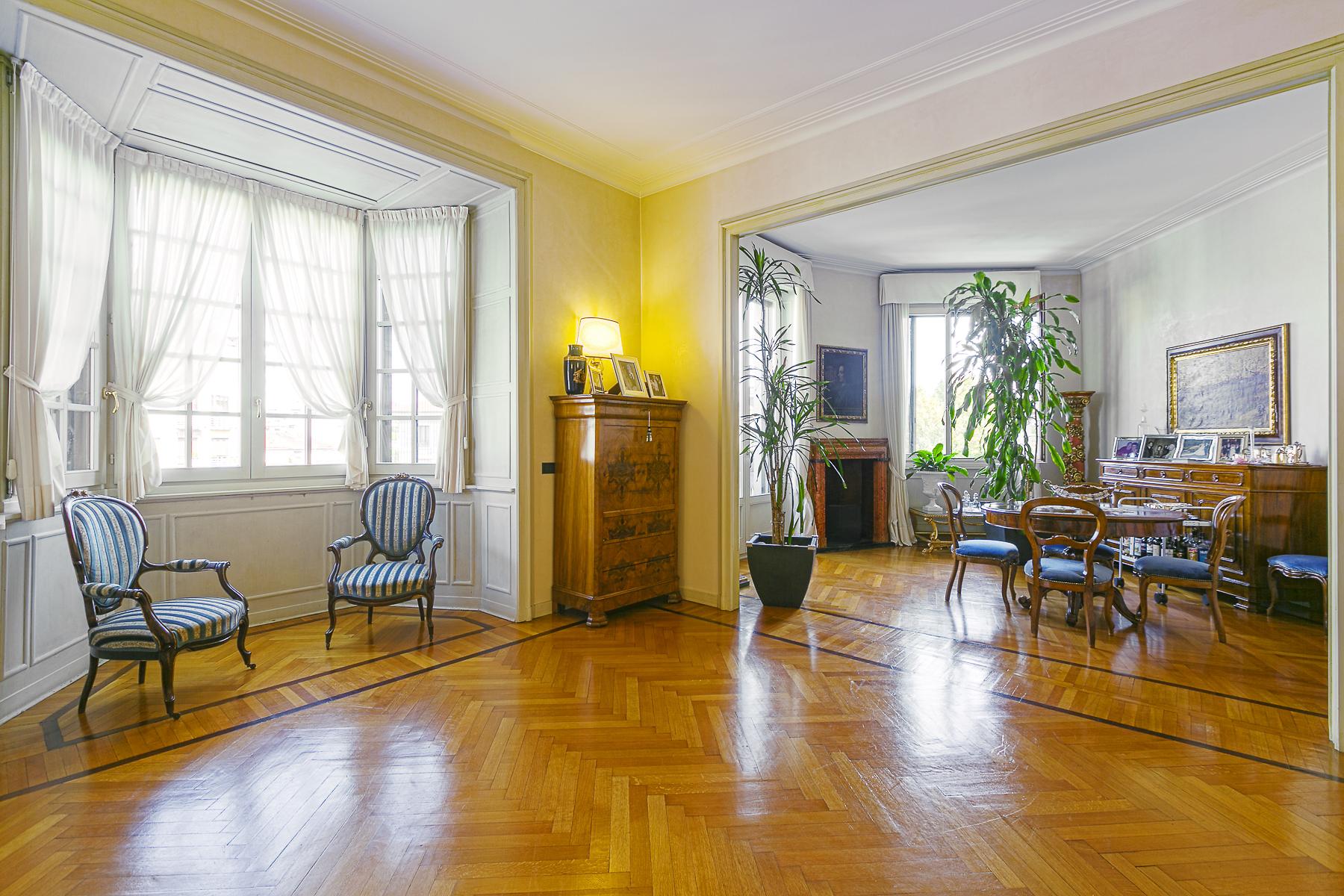 Additional photo for property listing at Splendid apartament in a prestigious building via Cadamosto Milano, Milan 20129 Italien