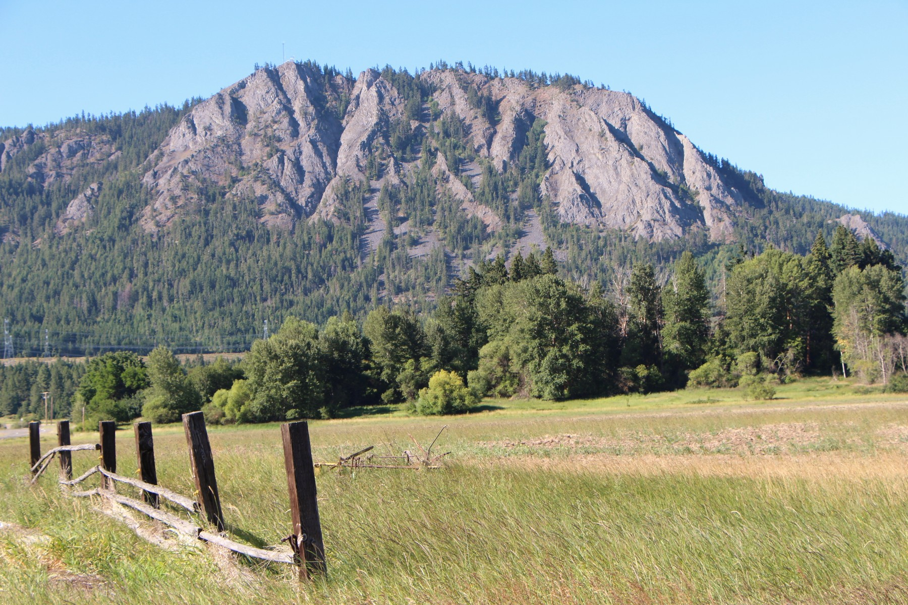 sales property at Cle Elum Land