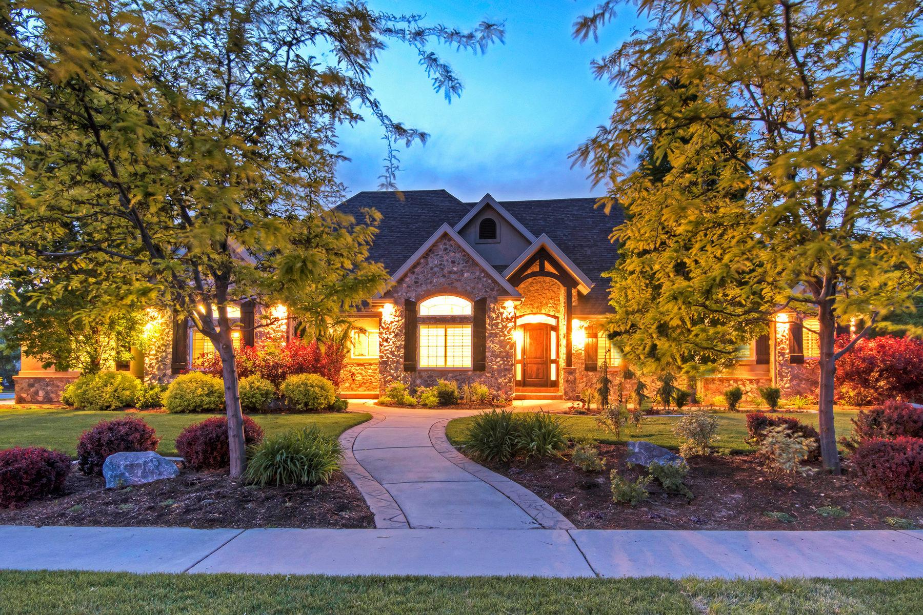 단독 가정 주택 용 매매 에 Beautiful Home in the Coveted Twin River 366 S Twin River Lp Alpine, 유타, 84004 미국