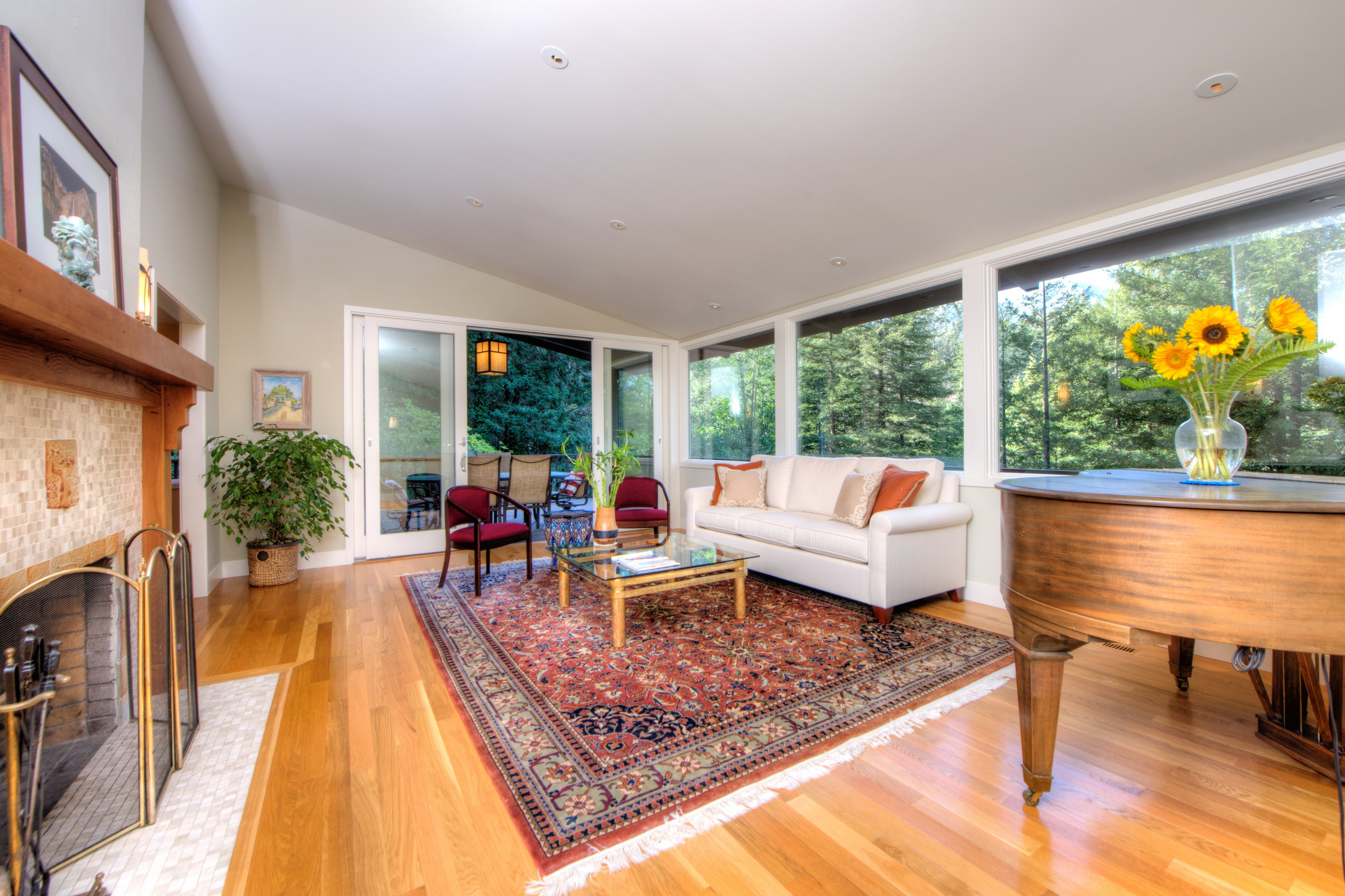 Single Family Home for Sale at Contemporary Gem on Large Lot 21 Monte Vista Avenue Mill Valley, California, 94941 United States