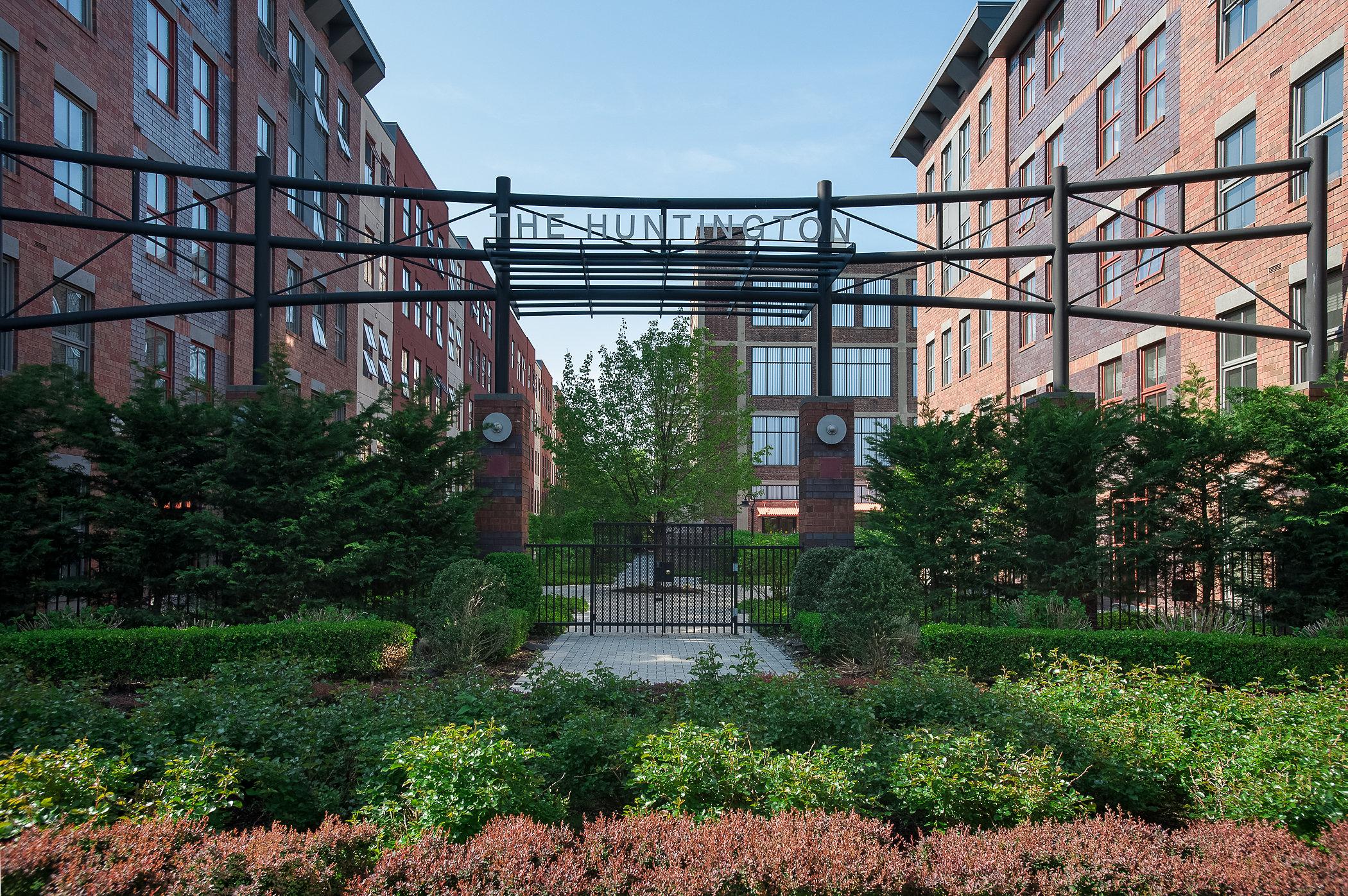 共管物業 為 出售 在 The Huntington 825 Adams Street #3C Hoboken, 新澤西州, 07030 美國