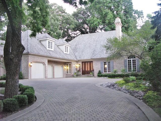 Частный односемейный дом для того Продажа на 656 East Sixth Street Hinsdale, Иллинойс 60521 Соединенные Штаты