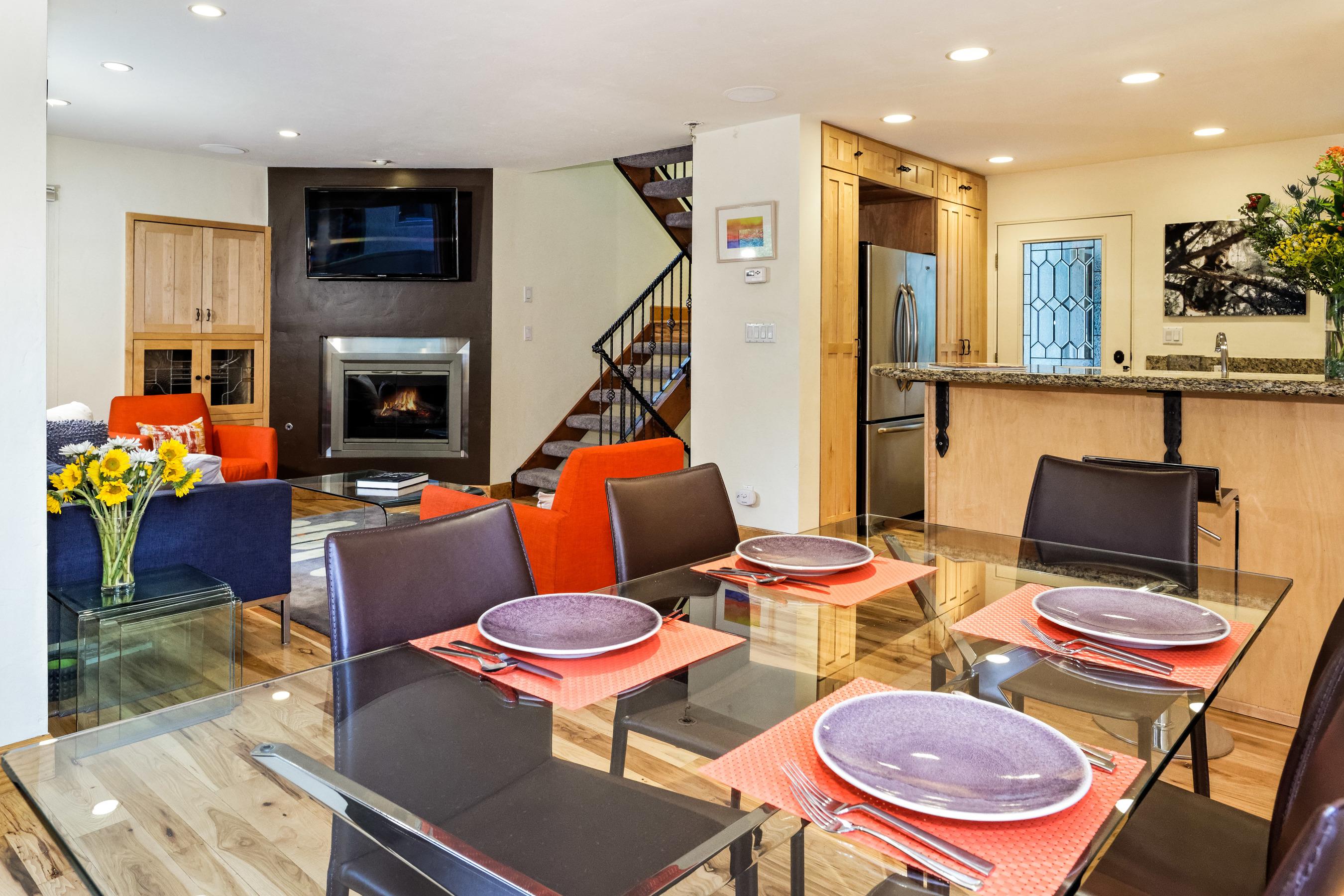 Casa Unifamiliar Adosada por un Venta en 814 W. Bleeker Place 814 W. Bleeker Place Unit B1 Aspen, Colorado, 81611 Estados Unidos