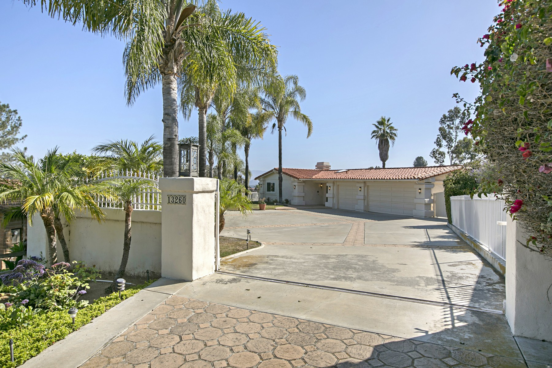 단독 가정 주택 용 매매 에 13260 Arroya Vista Road Poway, 캘리포니아 92064 미국