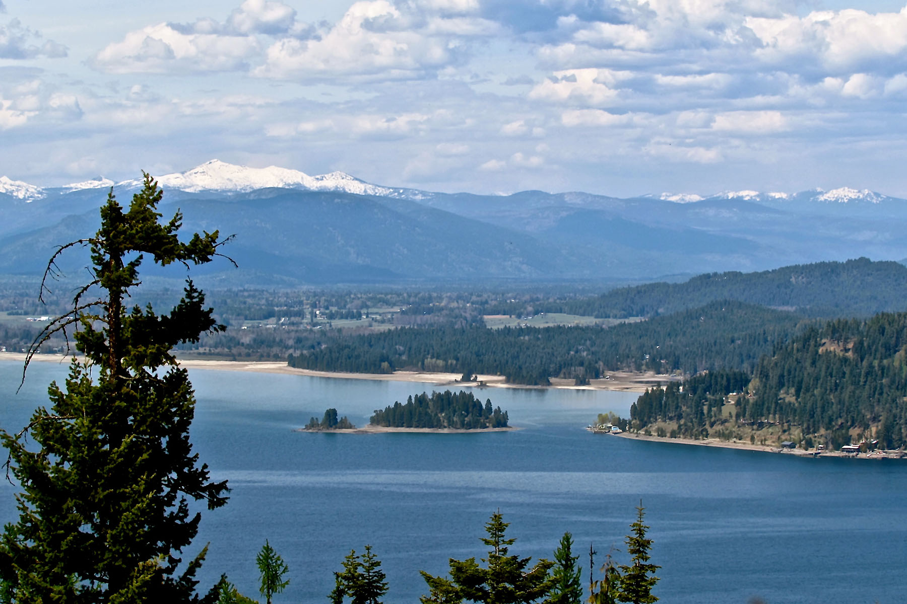 地產 為 出售 在 Spectacular Water and Mountain Views 115 Vortex Way Sagle, 愛達荷州 83860 美國
