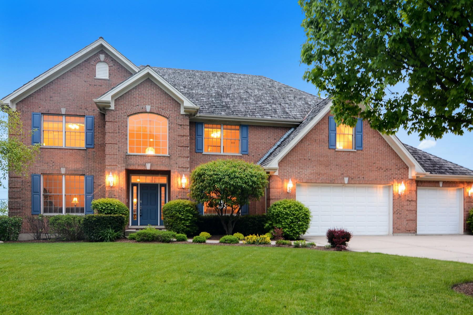 Частный односемейный дом для того Продажа на Spectacular Home in Prestigious Lakeview of Barrington 1020 Oakland Drive Barrington, Иллинойс, 60010 Соединенные Штаты